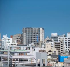 今日の沖縄の空の色は何色?