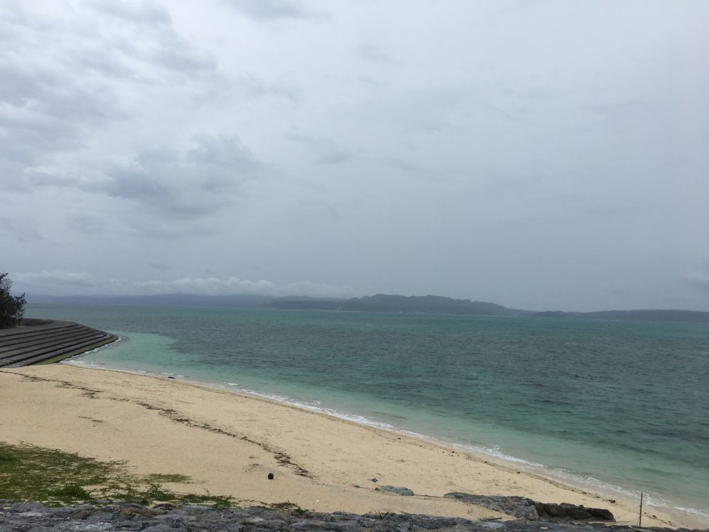 4月20日 今日の沖縄は曇り時々小雨