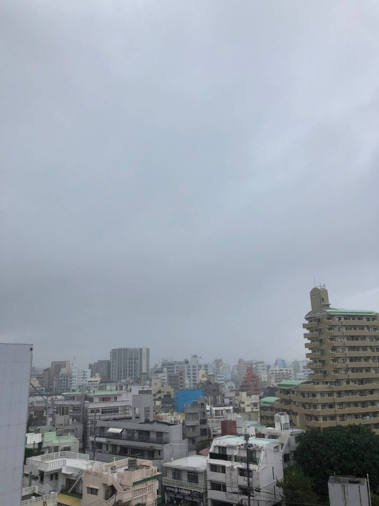 5月14日 今日の沖縄は曇り時々雨