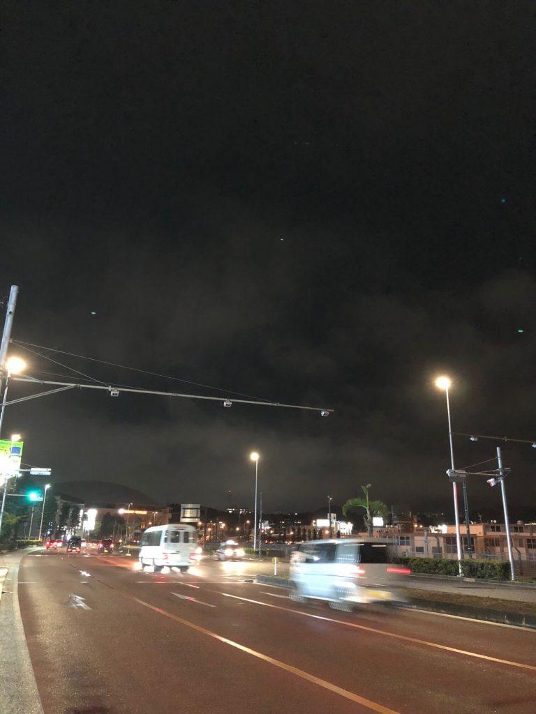 5月28日 今日の沖縄は雨上がりの夜空