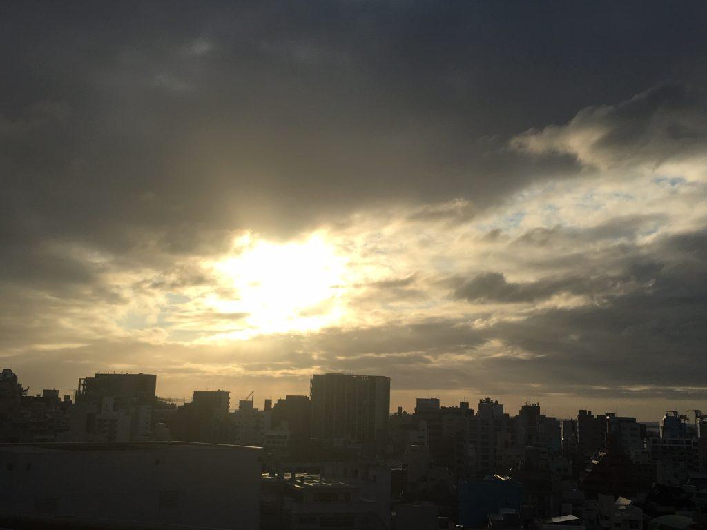 5月30日 梅雨曇りの晴れ