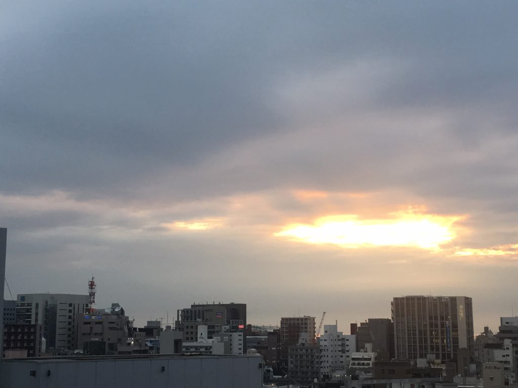 6月5日(旧暦5月3日)久茂地の空は…晴れ
